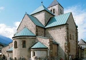 """Die romanische Stiftskirche - """"Der Dum"""""""