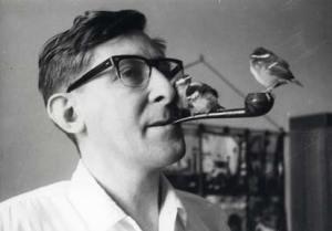 Ivo Kohler erforscht das Verhalten von Meisen  (1965)